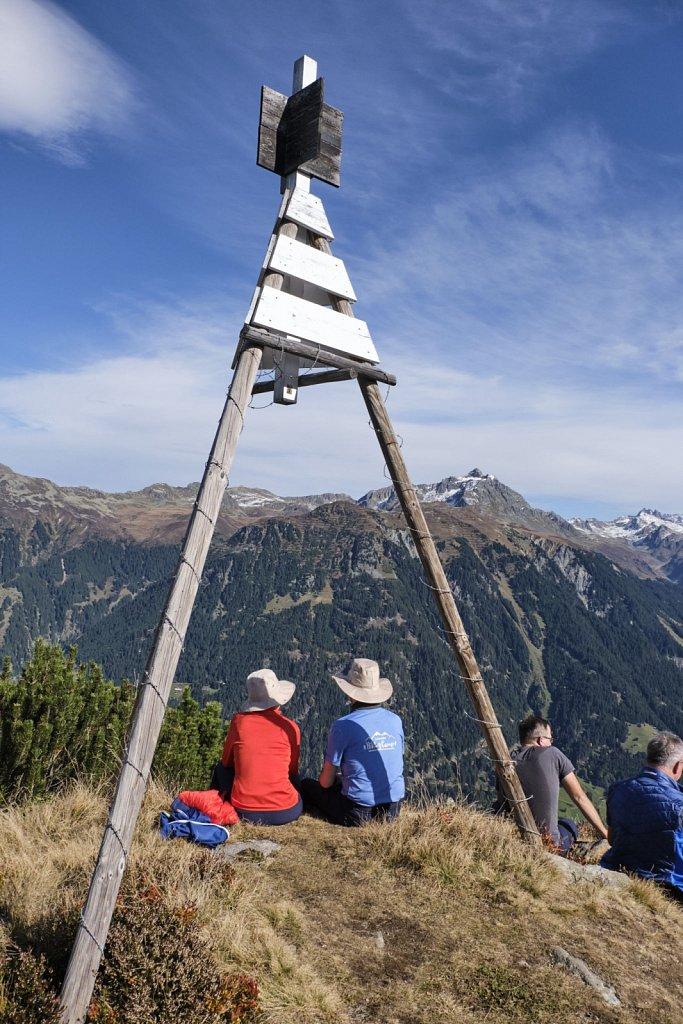 SCHOEFFEL-hikingCAMP-antBRY-10132019-0993.jpg
