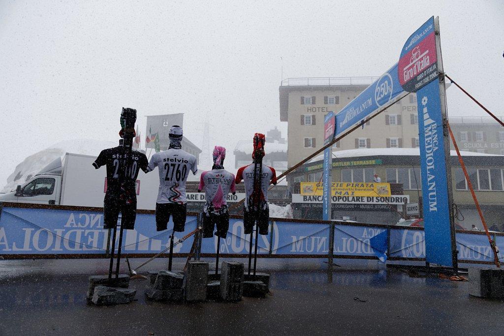 Giro-D-Italia-Stilfser-04272014-0124-DxO.jpg