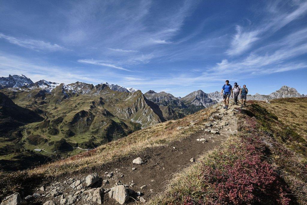 SCHOEFFEL-hikingCAMP-antBRY-10122019-0243.jpg